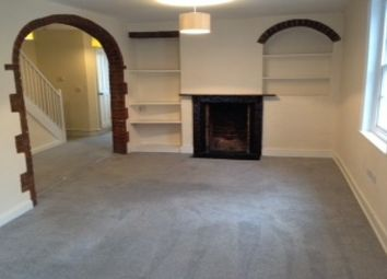 Thumbnail 3 bed flat to rent in Wood Street, Wallingford