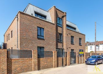 Thumbnail 2 bed flat to rent in Colina Mews, London