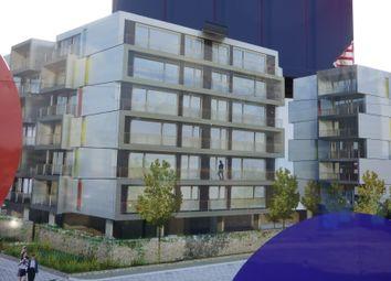 Thumbnail 1 bed flat to rent in Gavin Bank, Geoffrey Watling Way, Norwich
