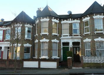 Thumbnail 6 bed terraced house to rent in Duckett Road, London