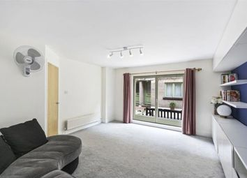 Thumbnail 2 bed mews house to rent in Kensington Gardens Square, Bayswater, London