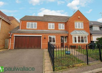 5 bed detached house for sale in Lightswood Close, Cheshunt, Waltham Cross EN7