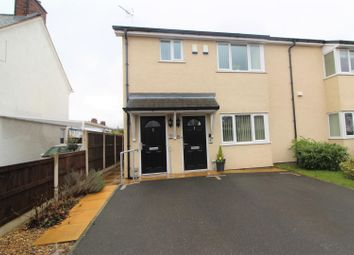 Thumbnail 2 bedroom flat for sale in Kenyon Avenue, Wrexham