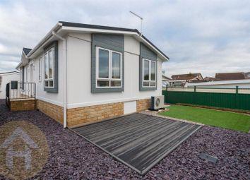 2 bed mobile/park home for sale in Church Park, Bradenstoke, Chippenham SN15