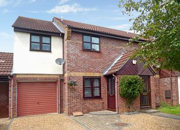 Thumbnail 3 bed town house for sale in Gunton Road, Loddon, Norwich