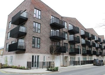 Thumbnail 1 bed flat to rent in Limehouse Wharf, Rochester