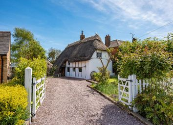 Thumbnail 3 bed cottage for sale in Risborough Road, Stoke Mandeville, Aylesbury