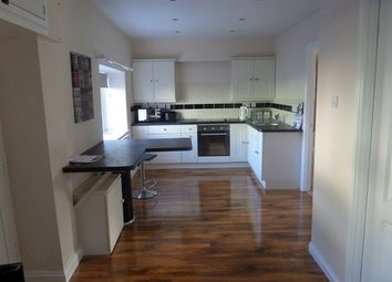 Thumbnail 1 bedroom bungalow to rent in Character 1 Bed Refurbished Cottage, Brewery House, Albion Square