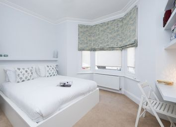 Thumbnail 2 bed flat to rent in Cruden Street, Angel Islington, London