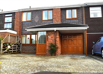 Thumbnail 4 bedroom property to rent in Wallis Close, Dartford