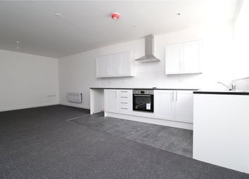 Thumbnail 1 bed flat to rent in High Street, Grantham