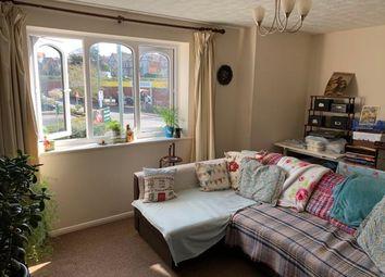 2 bed flat to rent in Oriel Drive, Glastonbury BA6