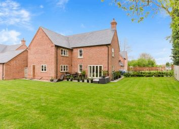 Thumbnail 6 bed detached house for sale in The Woodlands, Hutchinson Road, Newark