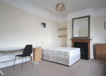 Thumbnail 2 bed flat to rent in Cumberland Road, Acton