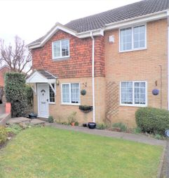 Thumbnail 2 bed maisonette to rent in Two Bedroom Maisonette, Lutton Close, Lower Earley