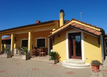 Thumbnail 3 bed villa for sale in Via Latiano 215, Oria, Brindisi, Puglia, Italy