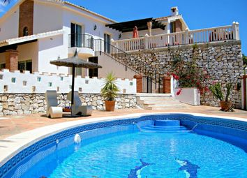 Thumbnail 3 bed villa for sale in Capellanía, Benalmadena, Spain