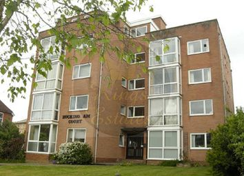 2 bed flat to rent in Westwood Road, Southampton SO17