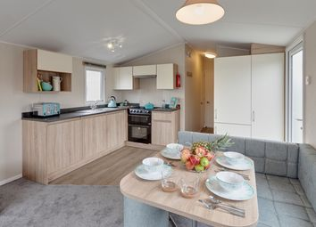 3 bed mobile/park home for sale in Skinburness Court, Silloth, Wigton CA7
