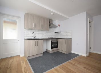Thumbnail 1 bed flat to rent in Flat High Street, Keynsham, Bristol