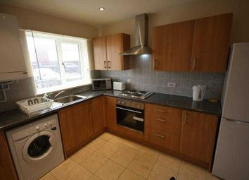 Thumbnail 4 bed property to rent in Heath Avenue, Salford
