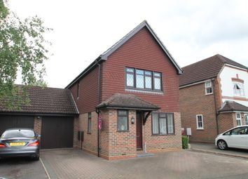 Thumbnail 3 bed link-detached house to rent in Goldsmith Close, Finchampstead, Wokingham