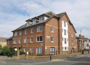Homeryde House, High Street, Lee-On-The-Solent, Hampshire PO13. 2 bed flat