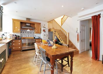 Thumbnail 2 bed maisonette to rent in Brock Street, Bath