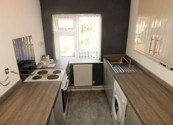 Thumbnail 1 bed flat to rent in Regent Crescent, Failsworth, Manchester