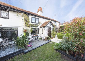 Thumbnail 3 bed detached house for sale in Pump Hill, Great Baddow, Chelmsford