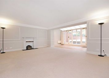 Thumbnail 2 bedroom flat to rent in Hampstead Heights, London