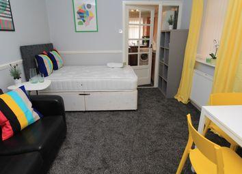 Thumbnail Studio to rent in Stannington Grove, Heaton