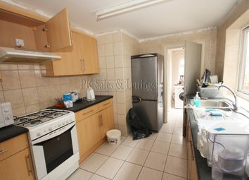 Thumbnail 4 bedroom shared accommodation to rent in Anne Of Cleves Road, Dartford
