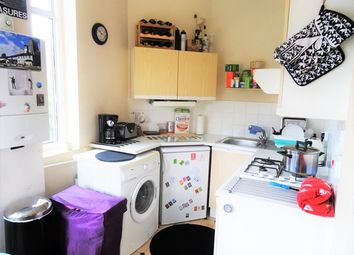 Thumbnail 1 bed flat to rent in Kingston Road, London