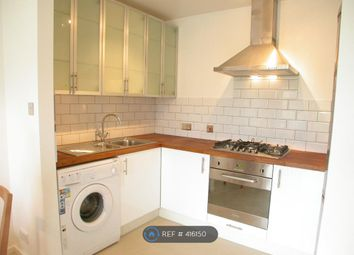 Thumbnail 4 bed flat to rent in Clapham Common, London