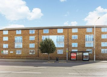 Whalebone Lane South, Chadwell Heath, Romford RM6. 2 bed flat