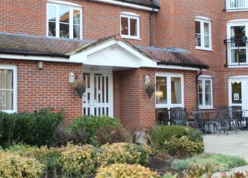 Thumbnail 1 bed flat to rent in Oyster Lane, Byfleet, Surrey