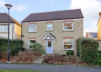 4 bed property for sale in Alicia Close, Swindon, Wiltshire SN25