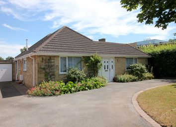 Thumbnail 4 bed bungalow to rent in Fernham Road, Faringdon