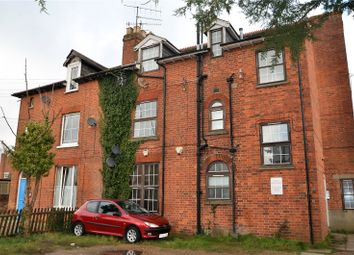 Thumbnail 2 bed flat to rent in Norcot Road, Tilehurst, Reading, Berkshire