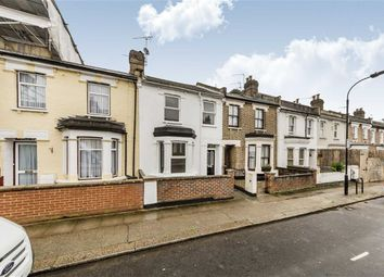 3 bed property for sale in Waldo Road, London NW10