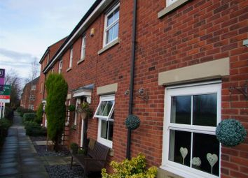 Thumbnail 3 bed town house for sale in Hamble Way, Hilton, Derby
