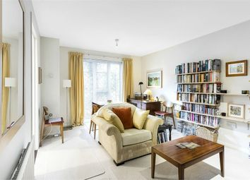 Thumbnail 1 bed flat for sale in Cornwall Square, Kennings Way, London