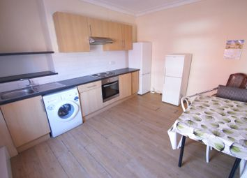 Thumbnail 4 bed property to rent in Harold Avenue, Hyde Park, Leeds