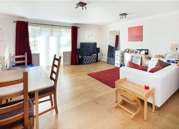 Thumbnail 2 bed flat to rent in Complins Close, Oxford