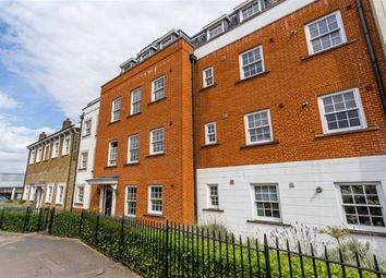 Thumbnail 2 bedroom flat for sale in High Road, Woodford Green