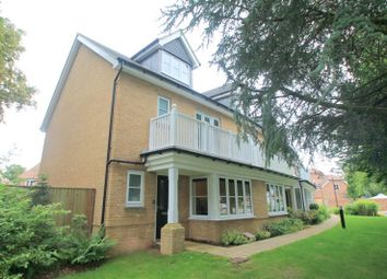 Thumbnail 3 bed property for sale in Oakgrove, Caterham