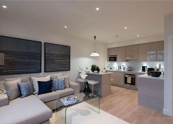 Thumbnail 1 bed flat to rent in Ridgmont Road, St.Albans