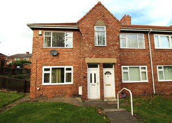 Thumbnail 3 bed flat to rent in Poplar Crescent, Dunston, Gateshead