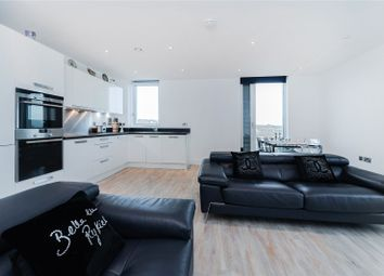 3 bed flat to rent in Junction Road, London N19
